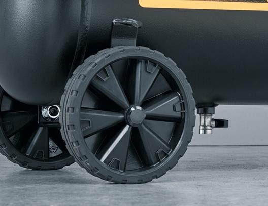 Robustas ruedas sobre dimensionadas que garantizan una elevada estabilidad y una mayor facilidad en el transporte.