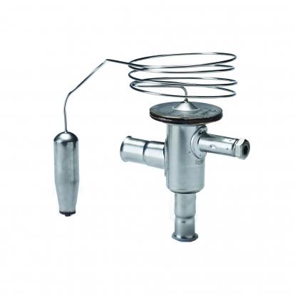 la vavula de derivacion de gas caliente permite adaptar la potencia del compresor frigorifico a la carga en el evaporador para evitar que se forme hielo en cualquier condicion de funcionamiento.