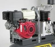 Motor de explosión HONDA conforme a las más severa normativa de emisiones.