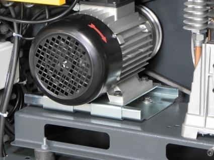 Tensor de correa que regula la tensión de la misma, facilitando su sustitución.