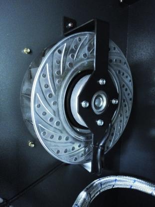 Ventilador centrifugo controlado termostaticamente para una refrigeracion ideal, manteniendo un bajo nivel sonoro.
