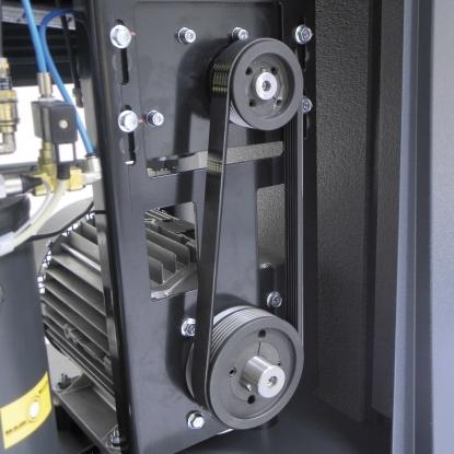 El empleo decorreas POLY-Vde elevada eficiencia mas el tensor mecanico simplifican las operaciones de tensado y garantizan a la correa practicamente el doble de vida respecto a una correa normal trapezoidal SPZ/X de las utilizadas normalmente.