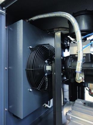 Ventilador centrifugo, controlado termostaticamente para una refrigeracion ideal, manteniendo un bajo nivel sonoro.