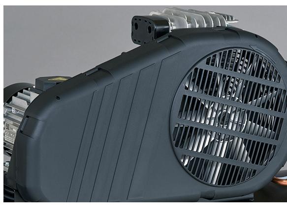 Robusto protector de plástico para proteger las partes móviles y mejorar la ventilación del compresor.